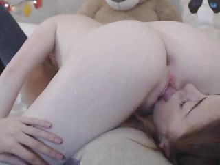 Lesbian Babes Eats Every Other Slit In 69 Position