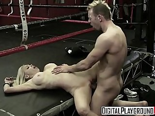 Hot blonde - Digital Playground